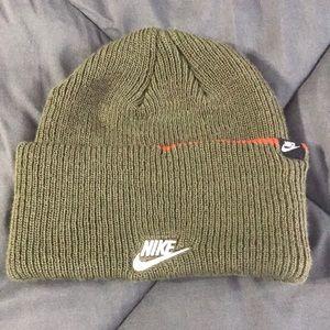 Nike Green 3-in-1 Beanie